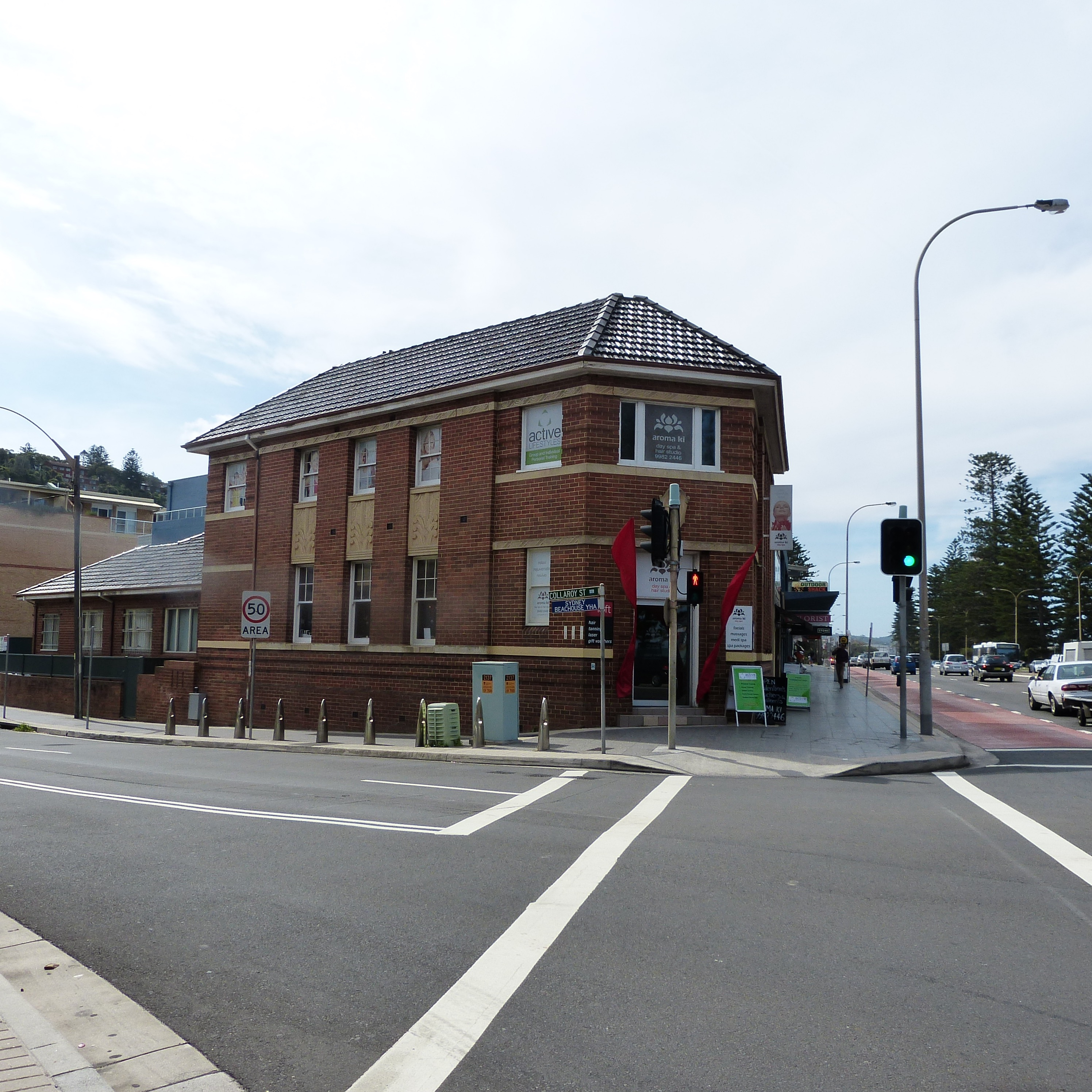 1121 Pittwater Road is a former bank with manager's residence